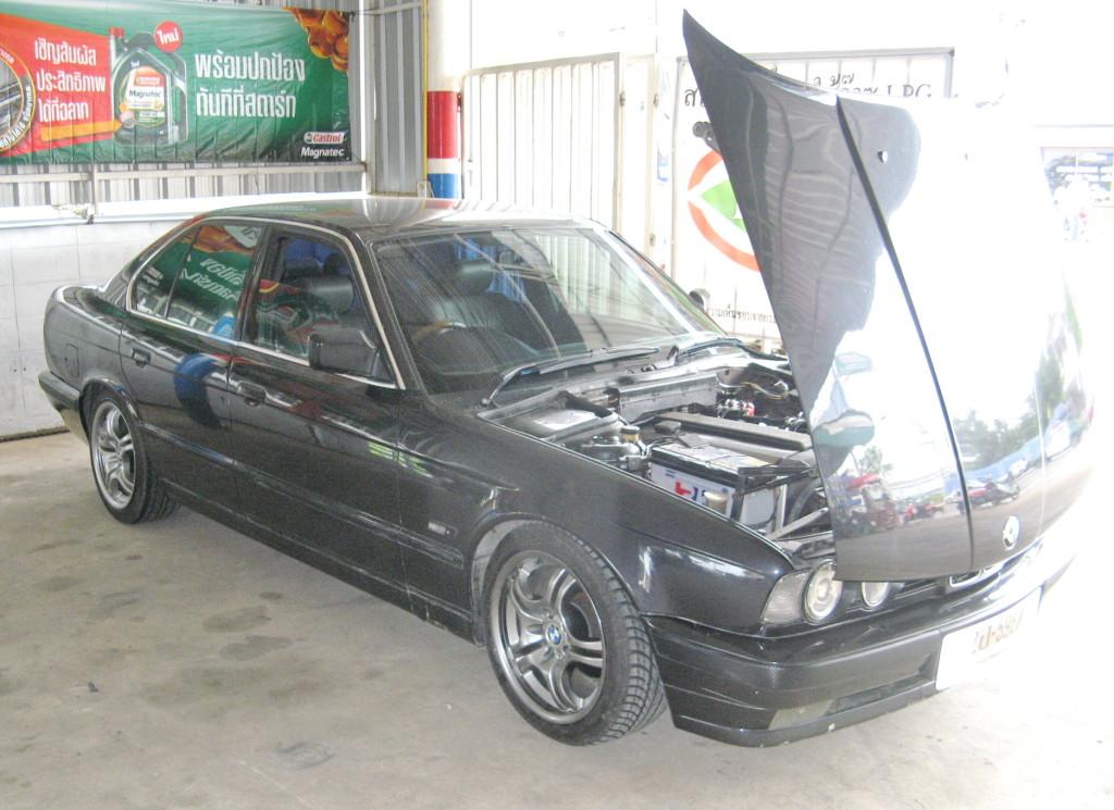 BMW gas-2